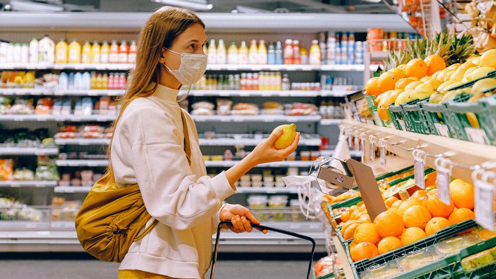 Ar maskām drošāk, bet daudziem – pārāk dārgi