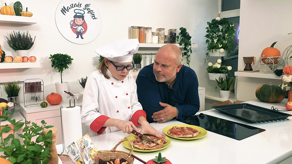 Mazais Šefiņš gatavo kopā ar Elmāru Tanni