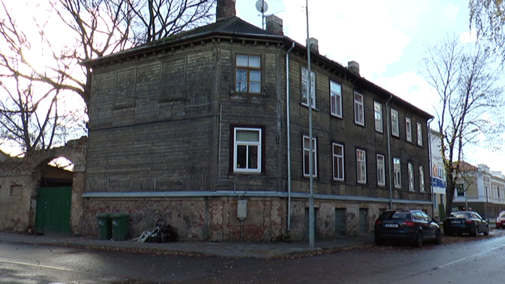 Dzīvokļu īpašniekiem jāmeklē jaunas mājas