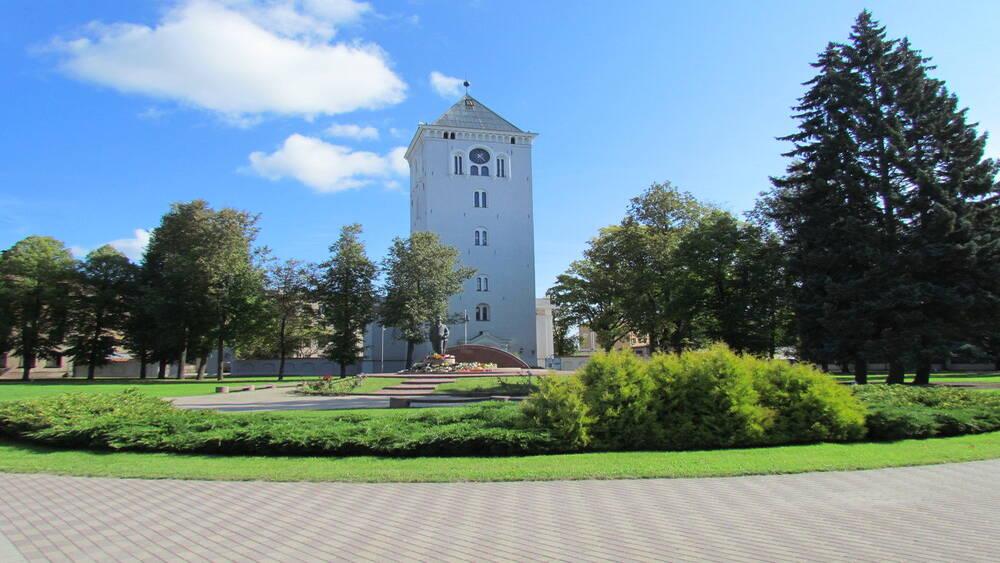 Atjaunotajam Jelgavas Sv. Trīsvienības baznīcas tornim apaļa jubileja