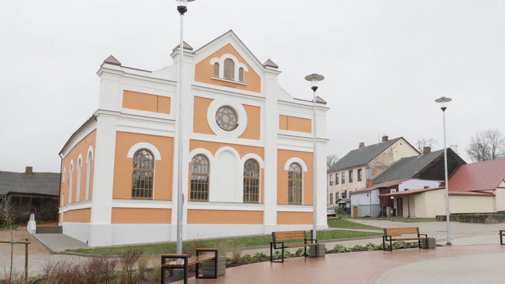 Atjaunotajā Sabiles sinagogā  izveidots mūsdienu mākslas un kultūras centrs