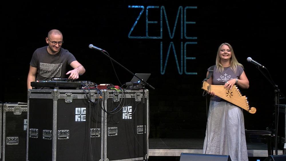 """Duets """"ZeMe"""" iekārtojas uz """"Dzīvās skatuves Ogrē"""""""