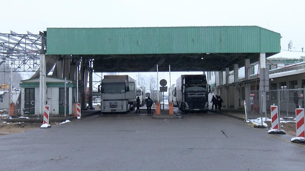 Baltkrievijas pusē iebraukšanu Latvijā gaida 151 kravas mašīna