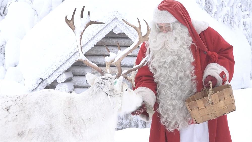 Latvijas galvenais Ziemassvētku vecītis pirmo reizi paliks mājās