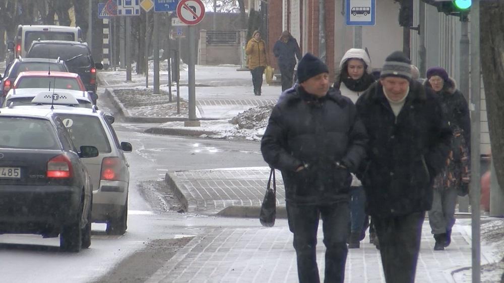 Vai cilvēki Valmierā gatavi jau tagad vakcinēties pret Covid-19?
