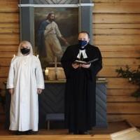 Usmas Svētā Pētera draudze nevēlas mainīt mācītāju