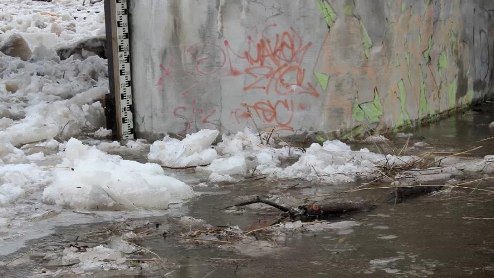 Ledus sastrēgumu Gaujā likvidēs uzspridzinot