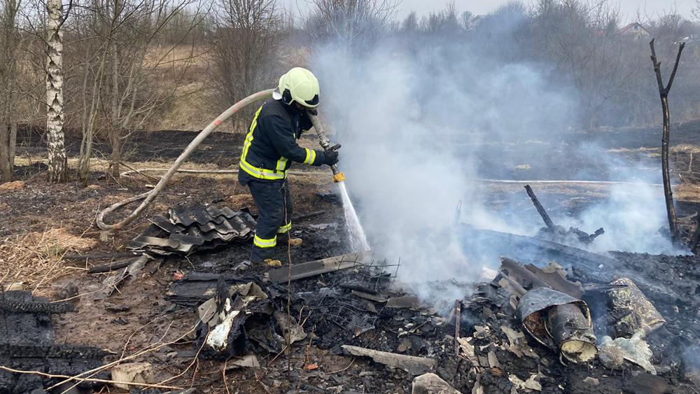 Noticis pirmais kūlas ugunsgrēks šogad, kurā cietis cilvēks