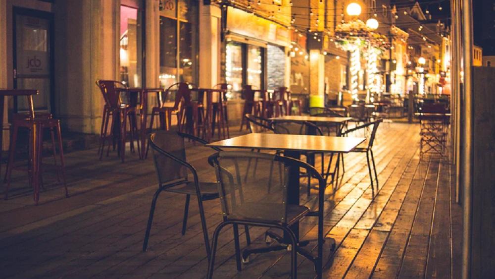 Ēdinātāju āra terases būs pieejamas apmeklētājiem