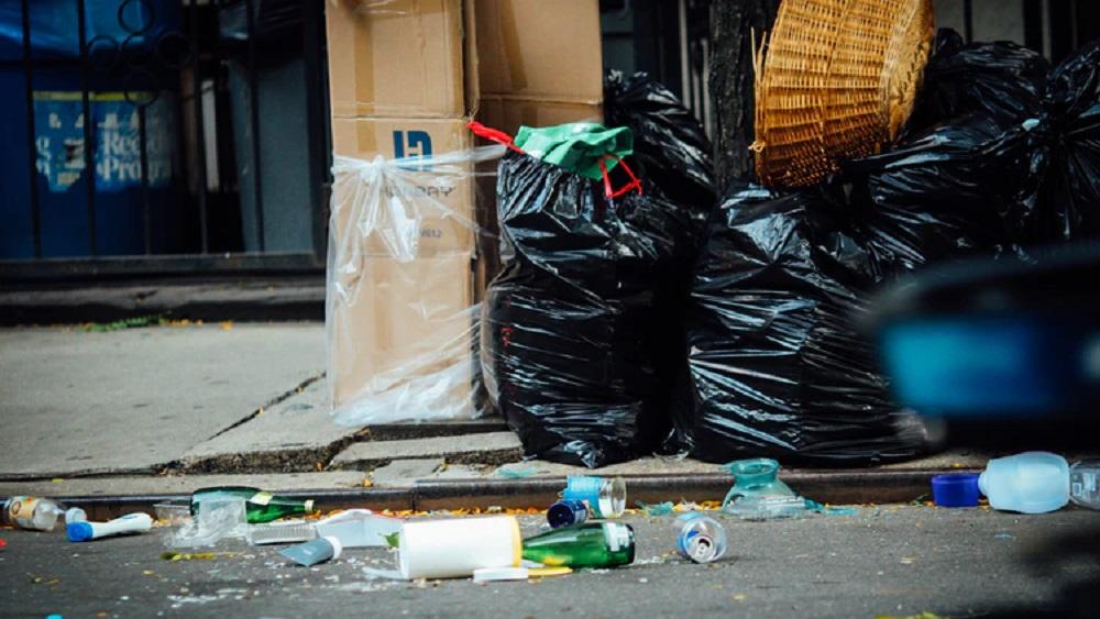 Atkritumu dedzināšana bīstama veselībai, dabai un drošībai