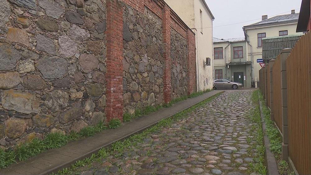 Jēkabpils pirmsākumiem veltītai ielai nav atpazīstamības zīmju
