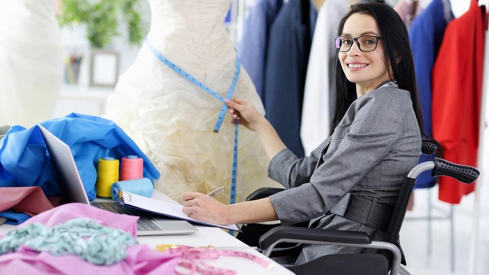 Skrundā pārspriež iespējas cilvēku ar invaliditāti nodarbināšanai