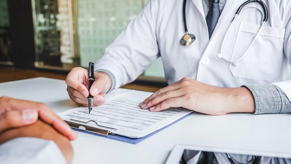 27% ģimenes ārstu - pensijas vai pirmspensijas vecumā