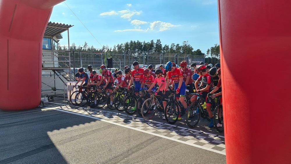 Latvijas kauss riteņbraukšanā sācies ar lieliem ātrumiem