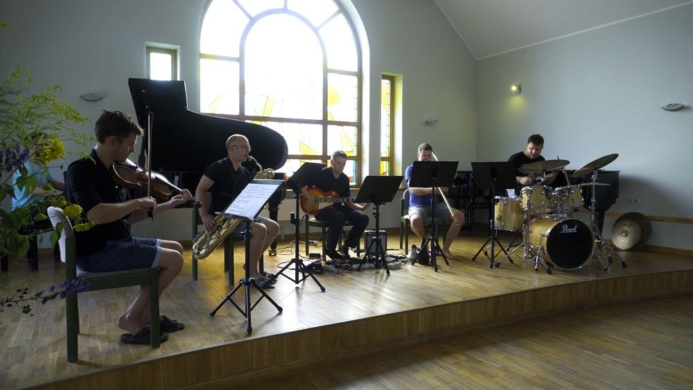24. latviešu mūzikas svētki