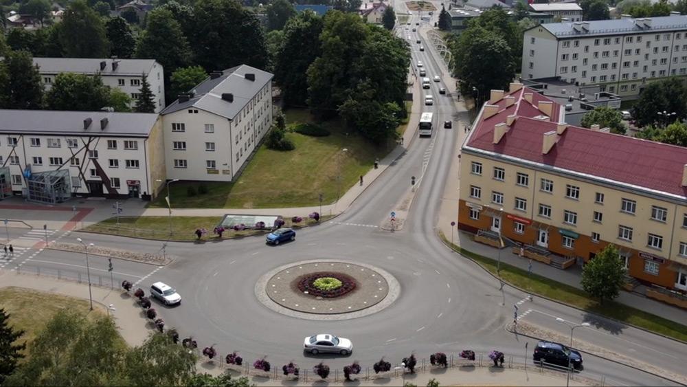 Jaunie autobusi un viedie risinājumi veicina videi draudzīgu pārvietošanos Valmierā