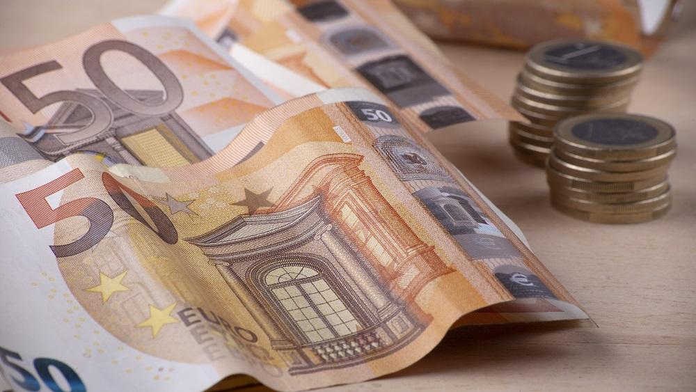 VARAM kontrolēs pašvaldībām aizdoto naudu