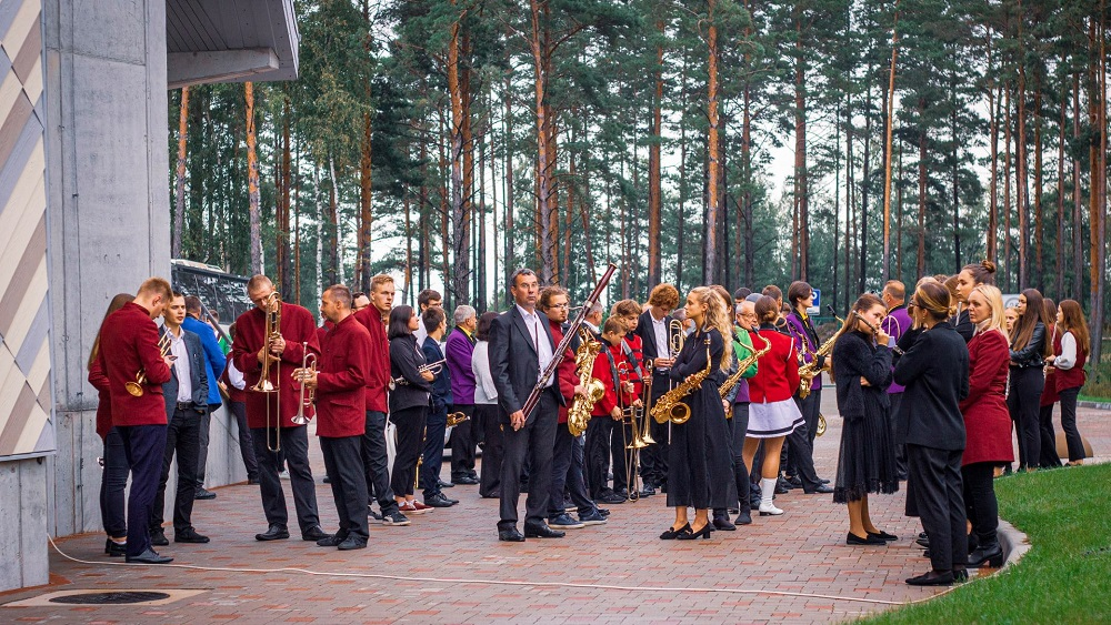 Ziemeļkurzemē aizvadīti pirmie pūtēju orķestru svētki