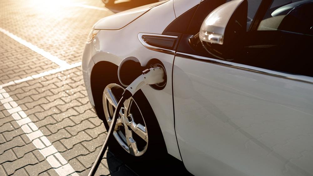 Elektroauto – dabas saudzēšana vai luksusa prece?