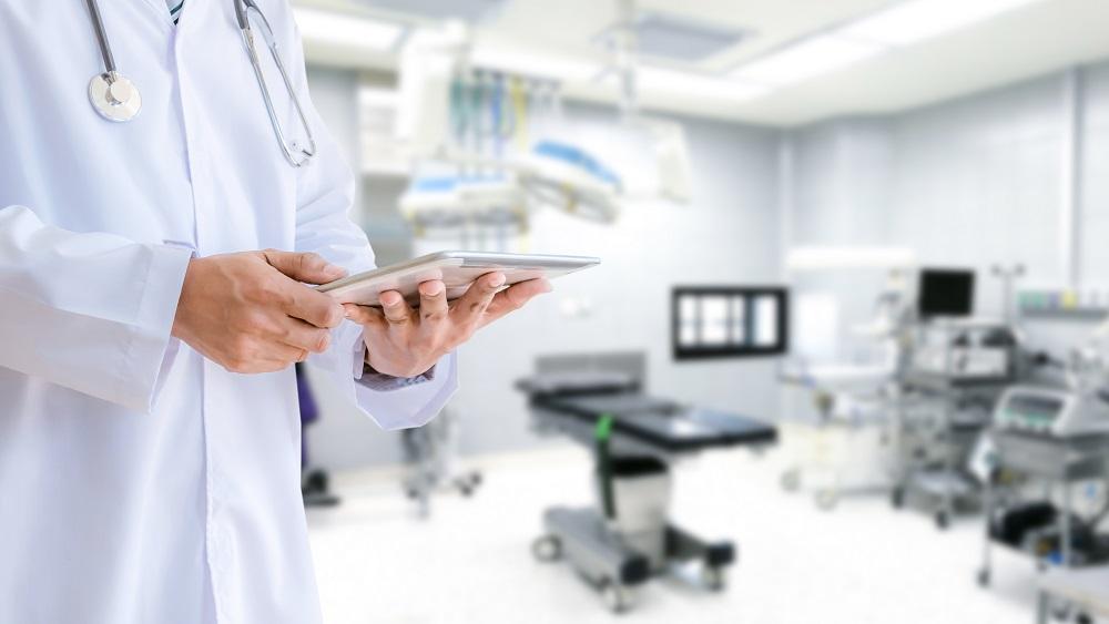 Liepājas mediķi gatavojas Covid-19 pacientu skaita pieaugumam