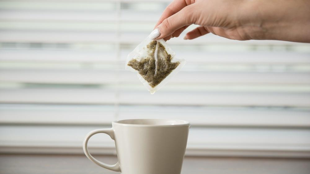Ar tējas maisiņu palīdzību pēta augsnes bioloģisko aktivitāti