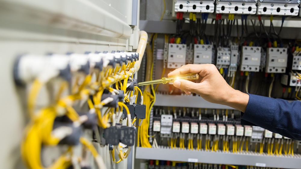 Pašvaldībām draud elektroenerģijas krīze; sāk iesniegt maksātnespējas